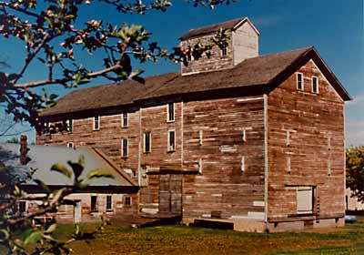 Photo of the historic mill in Oakesdale